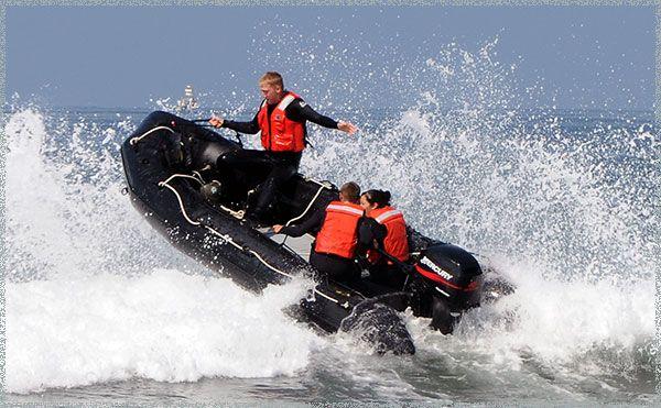 лодки из пвх в морской воде